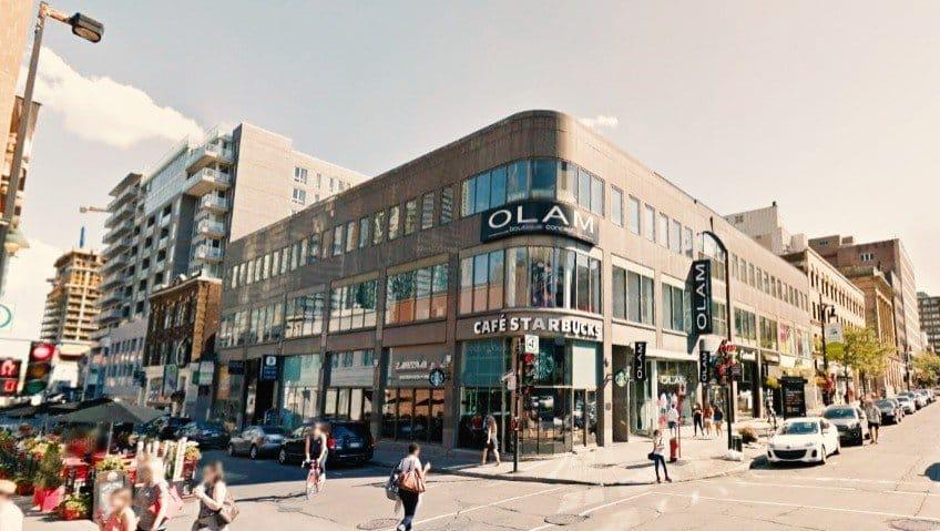 Starbucks coffee shop in Montreal